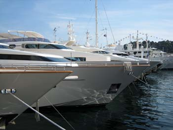 Boat Shows to promote your yacht for sale